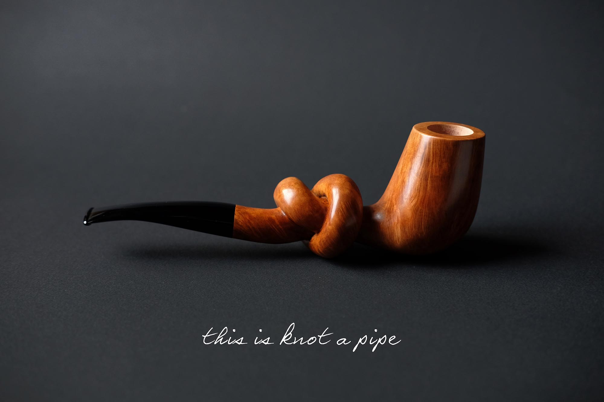 This is knot a pipe, handmade artistic tobacco pipe by arcangelo ambrosi